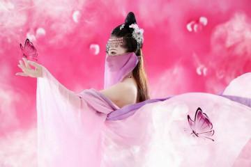 薄纱遮面的古典肚兜美女图片 这样的美女你心动了吗